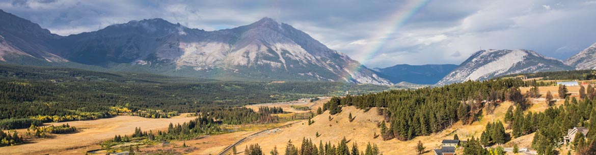 Crowsnest Pass (Photo by Brent Calver)