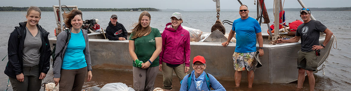 Conservation Volunteers at Murray Harbour, PEI (Photo by Stephen DesRoches)