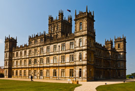 Highclere Castle (Photo by Wikimedia Commons/Richard Munckton)