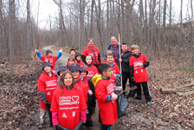 Oakville Scouts hold a community cleanup during Good Turn Week. (Photo from Scouts Canada)
