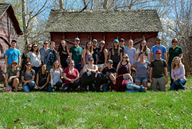 NCC's 2018 Alberta Conservation Interns group shot (Photo by NCC)