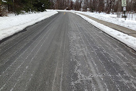 Winter road treatment using salt brine (Photo by Wikimedia Commons, CC BY-SA 3.0)