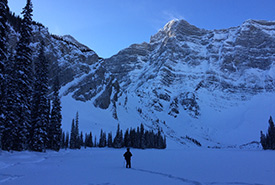 Bluebird sky hike at -30 C. (Photo courtesy of Gayle Roodman/NCC staff)