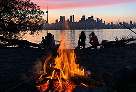 Toronto Island campfire (Photo by Scouts Canada)