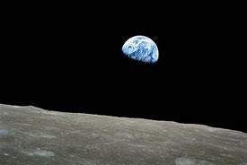Earth rise (Photo by NASA, Wikimedia Commons)