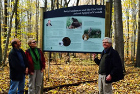 Judith Eger, Jack Bateman and Robert Hester of the ELSA Wild Canada Appeal (Photo by NCC)