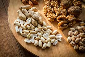 Nuts make a great lightweight snack. (CC0 Public Domain)