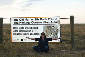 Kailey Setter visits Old Man on his Back, Saskatchewan (Photo by NCC)
