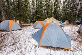 Scouts pitch insulated tents to keep warm in winter. (Photo by Scouts Canada)