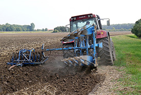 Agricultural management practices can influence soil health. (Photo by Pixabay)
