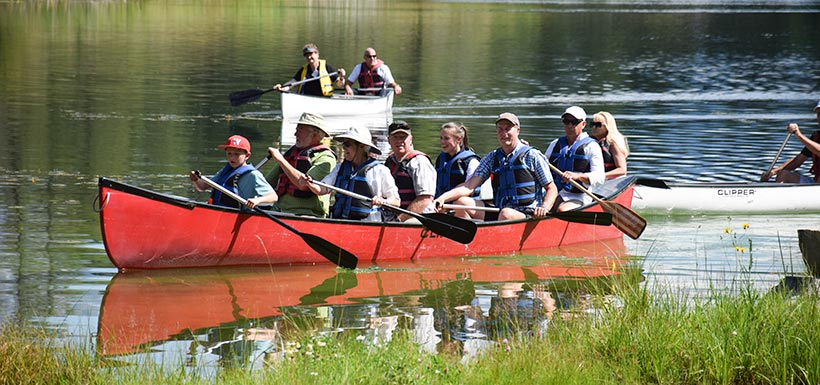 Canoeing at of the Canadian Rockies event at the SRL-K2 Ranch (Photo by NCC)