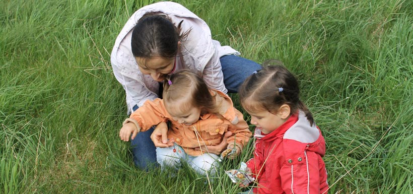 CVs of all ages learn about nature. Baie Verte, NB '12 (Photo by NCC)