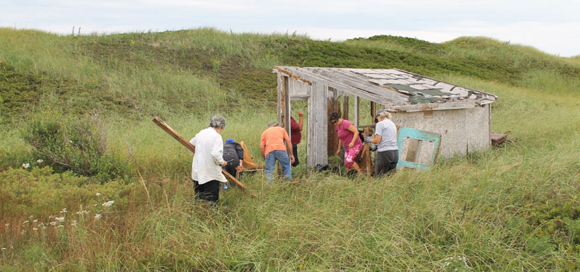 CVs shack up on the Conway Sandhills in PEI, '13 (Photo by NCC)