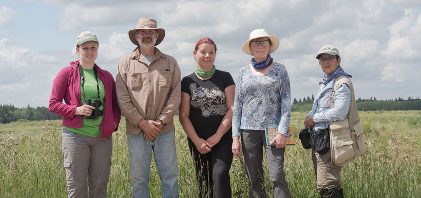 Conservation Volunteers surveyed the Nebo Property in Saskatchewan (Photo by Gail F. Chin)