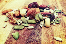Trail mix (Photo by Papathanasiouk)