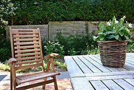 Deck furniture (Photo from Pxhere)