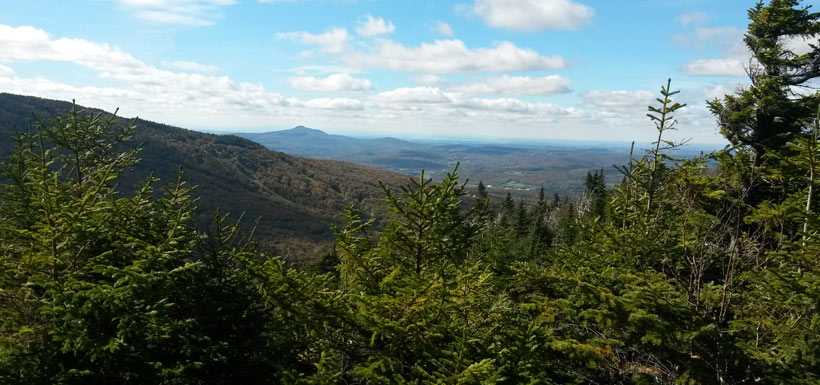 View of the Green Mountains Nature Reserve, QC (Photo by NCC)