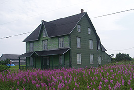 LeGros House, Pointe Saint-Pierre, Gaspé Peninsula (Photo by NCC)