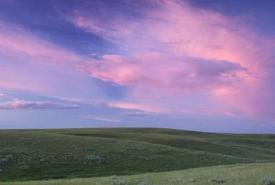 Evening sky at Old Man on His Back Ranch, SK (Photo by Branimir Gjetvaj)
