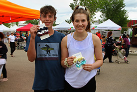 ReScrunched team Parker Hicks and Maya Bezubiak (Photo by NCC)
