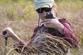 Caroline Gagne, Ottawa Valley project manager, doing telemetry research, Quebec (Photo by NCC)
