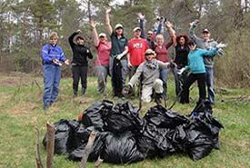 Ontario volunteers (Photo by NCC)