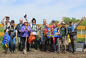 Volunteers at Île du Moine, QC (Photo by NCC)
